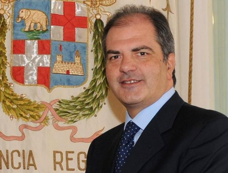 giuseppe_castiglione-03-05-2013